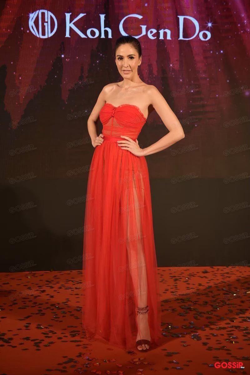 ศรีริต้า เจนเซ่น สวยแซ่บกับชุดแดง