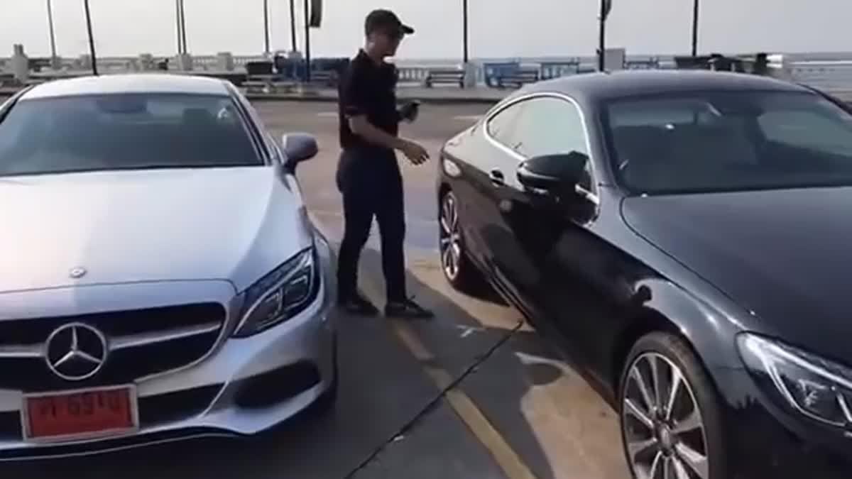 [Live] รีวิว Mercedes-Benz C Coupe' และ CLA ไลฟ์สดจากสนามทดสอบ