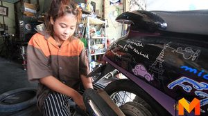 ชื่นชม! สาวน้อยวัย 15ปี เป็นช่างซ่อมจยย. หาเงินช่วยเหลือครอบครัว