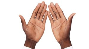 หงายมือดู! ถ้าฝ่ามือใครมี หลอดเลือดดำ เห็นชัดเจน เป็นเพราะว่า?