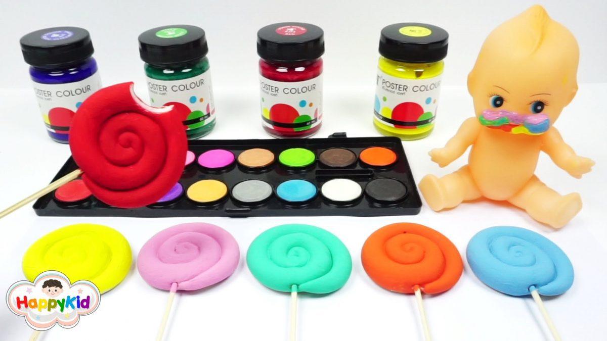 ระบายสีแป้งโดว์อมยิ้ม | ป้อนอมยิ้มตุ๊กตา | เรียนรู้สี | Learn Color With Lollipop Play Doh Painting