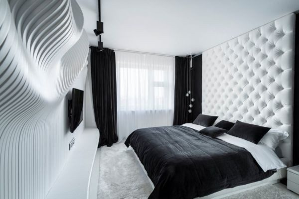 bedroom-featuring-a-waves-white-wall