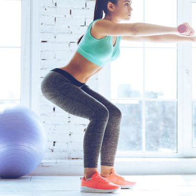 7 เหตุผลดีๆ ว่าทำไมคุณควรออกกำลังกาย ท่าสควอช ทุกวัน!!