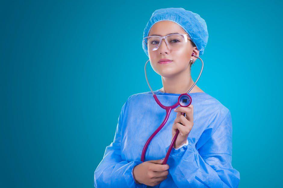 อยากเรียนแพทย์ ต้องสอบอะไรบ้าง