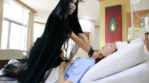 นางมาร ตอน 15-16 โสมมาลี ทำร้าย คุณหญิงศรีสวัสดิ์ ที่นอนป่วยอยู่