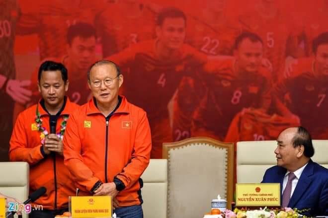 ผู้นำเวียดนามต้อบรับ2ทองซีเกมส์ โค้ชปาร์คได้รถคันที่5