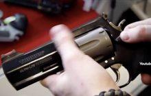 ฝ่ายค้านสหรัฐฯ กดดันเพิ่มมาตรการควบคุมปืน