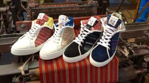 แฟชั่น รองเท้าผ้ากิโมโน ใช้ผ้า Aizu ที่มีประวัติศาสตร์กว่า 450 ปี
