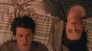 ไม่มีใครรู้ว่าผมเป็นเกย์! นิค โรบินสัน ปิดบังตัวตนที่แท้จริงของตัวเอง ในตัวอย่างแรก Love, Simon