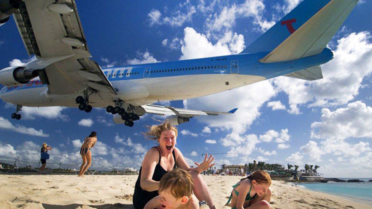ชายหาดมาโฮ ชายหาดสุดระทึก ประเทศเนเธอร์แลนด์