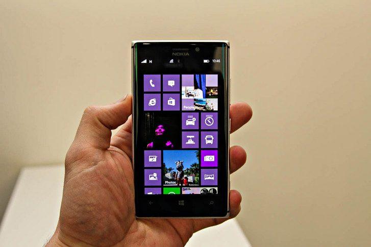 Nokia Lumia 925 พี่มาแก้งาน 920 เคนะ !!
