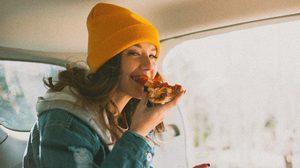 5 เคล็ดลับ กินอย่างไรให้สุขภาพดีและรู้สึกแฮปปี ในช่วงเทศกาลปีใหม่