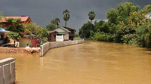 น้ำเขื่อนลำปะทาวชัยภูมิ ทะลักท่วม 3 ชุมชนเมือง
