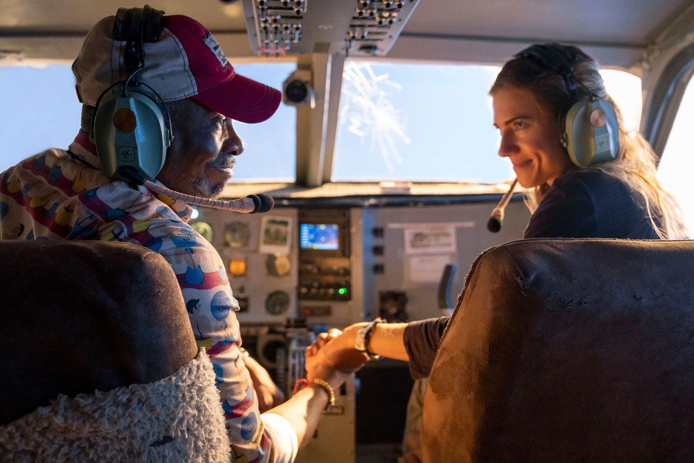 """ลุ้นระทึก..เที่ยวบินมรณะ ที่กลายเป็นนรกกลางเวหาชั่วพริบตา ใน """"Horizon Line นรก..เหินเวหา"""""""