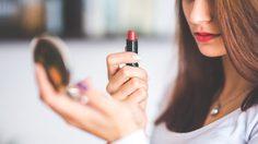 4 เทคนิคง่ายๆ ที่จะทำให้สาวๆ แต่งหน้าได้ง่ายยิ่งขึ้น
