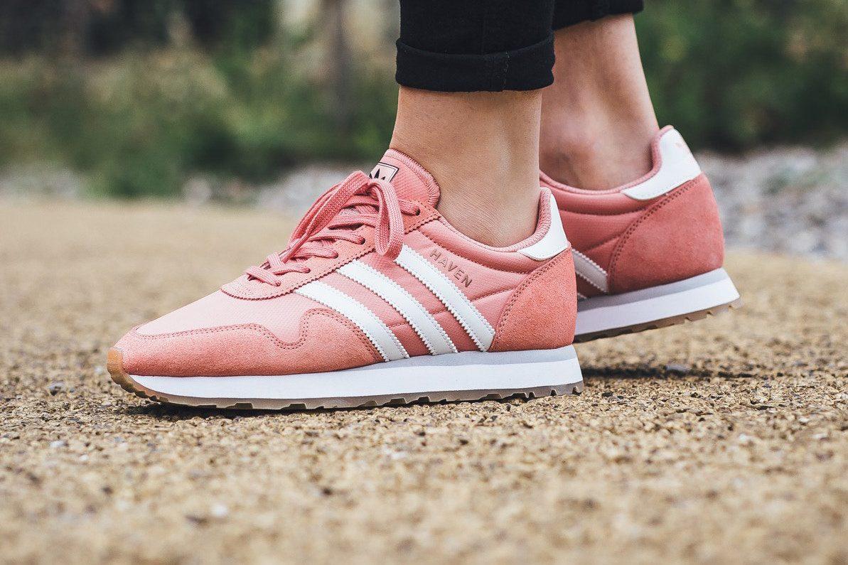 """รองเท้า Adidas Haven """"Tactile Rose"""""""