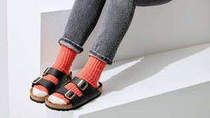 น้ำตาจะไหล! MSCHF ซื้อกระเป๋า Hermes Birkin มาเลาะหนังออกแล้วทำ รองเท้าแตะ ขายคู่ละ2ล้าน