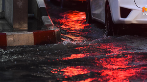 ฝนฟ้าคะนอง หลายพื้นที่ แจ้งวัฒนะ-เมืองทอง น้ำท่วม – อุบัติเหตุหลายจุด