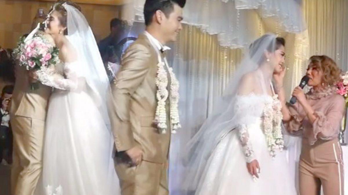 เก็บตก! พั้นช์ วรกาญจน์ สุดกลั้นน้ำตา ดา เอ็นโดรฟิน ร้องเพลงเซอร์ไพร้ส์แต่งงาน