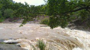 พายุฝนถล่มเชียงใหม่ ทำน้ำป่าหลาก ปภ.เฝ้าระวัง 16 – 18 พ.ค.60