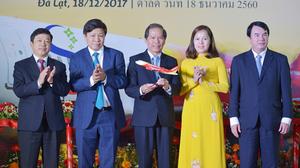 ไทยเวียตเจ็ทเปิดเส้นทางใหม่ กรุงเทพฯ-ดาลัด จัดแฟชั่นโชว์บิกินี่รับเที่ยวบินปฐมฤกษ์