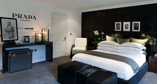 bachelor-master-bedroom-in-black-and-white