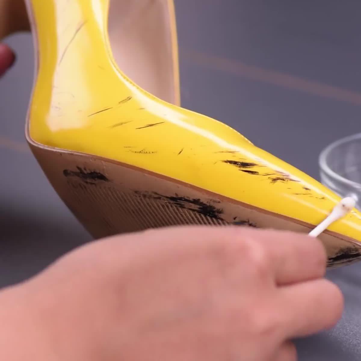 คนรักรองเท้าต้องดู เทคนิคดูแลรองเท้า แกะหมากฝรั่ง VS ซักรองเท้าผ้าใบสีขาวแบบง๊าย..ง่าย ไปดู