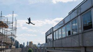 ทอม ครูซ เร่งฟื้นฟูข้อเท้า เพื่อเข้าฉากเสี่ยงตายสำคัญ ใน Mission: Impossible – Fallout