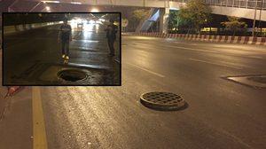หนุ่มหวิดดับ! เจอฝาท่อระบายน้ำกลางถนนเปิดอยู่ เบรกไม่ทันเหยียบเต็มๆ