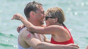 Tom Hiddleston ใส่เสื้อสื่อความนัยถึง Taylor Swift (รึเปล่า?)