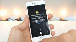 Apple แอบบอกใบ้ (รึเปล่า?) iPhone รุ่นใหม่จะกันน้่ำได้!!!