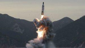 'เกาหลีเหนือ' โชว์ทดสอบขีปนาวุธลูกใหม่แต่ล้มเหลว