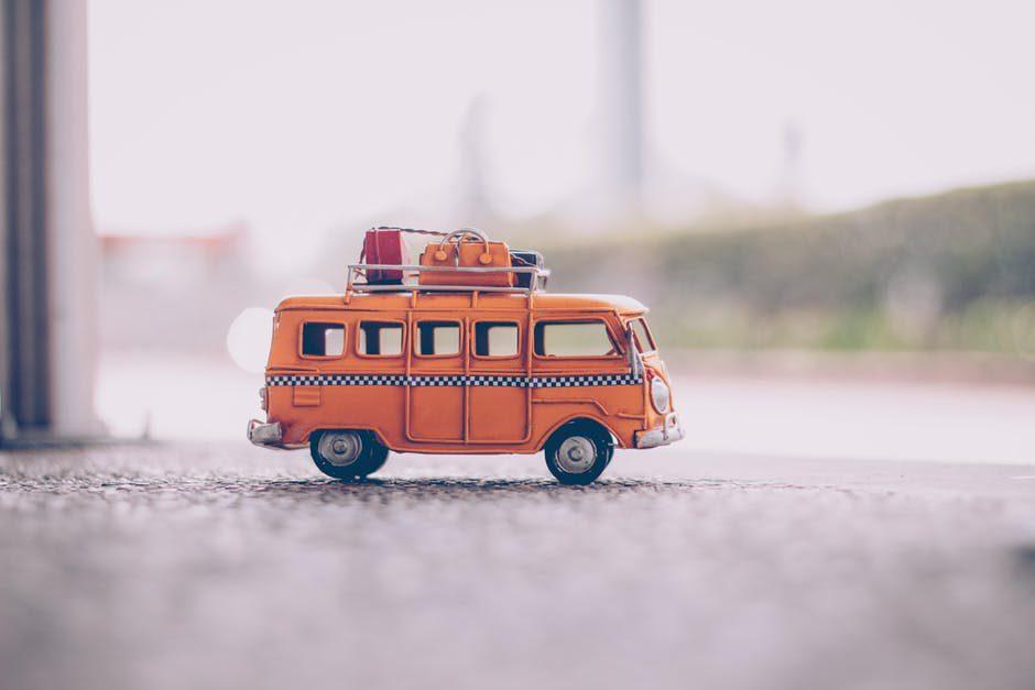 van = รถตู้