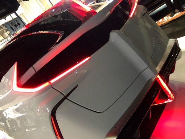 """Ambivalent """"RD"""" Prius PHV Concept"""