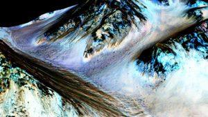 องค์การนาซา! ค้นพบน้ำไหลบนดาวอังคาร