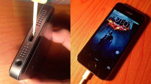 เคล็ดลับ คืนชีพรูเสียบ iPhone ที่มีปัญหาชาร์จไฟไม่เข้า