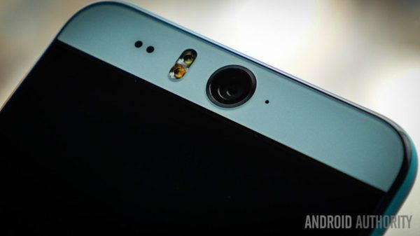 htc-desire-eye-and-re-first-look-aa-7-of-34-710x399