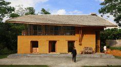 บ้านดิน โลว์คอสต์ แบบผสมผสาน โฮมสเตย์ดีไซน์สุดเก๋ ชายแดนเวียดนาม
