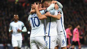 ผลบอล: เชือดกินนิ่มๆ!! อังกฤษ เปิดบ้านไล่ยำ สกอตแลนด์ 3-0 ลิ่วจ่าฝูง คัดบอลโลก กลุ่มF
