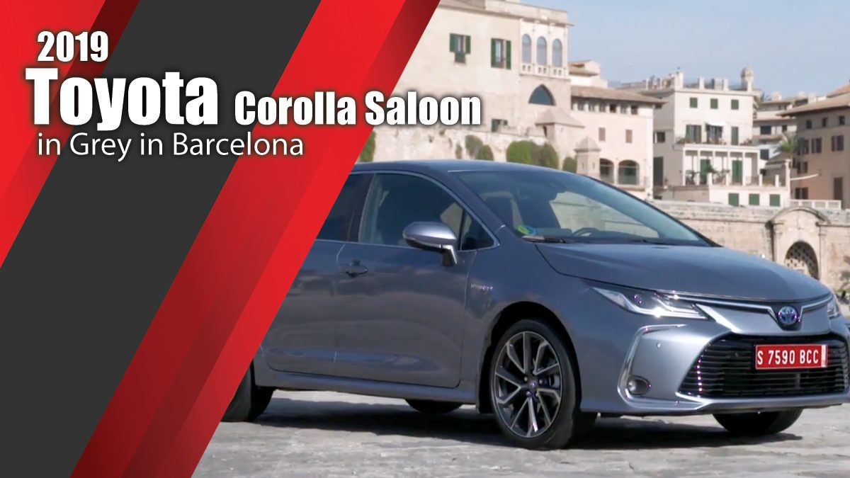 2019 Toyota Corolla Saloon Design in Grey in Barcelona