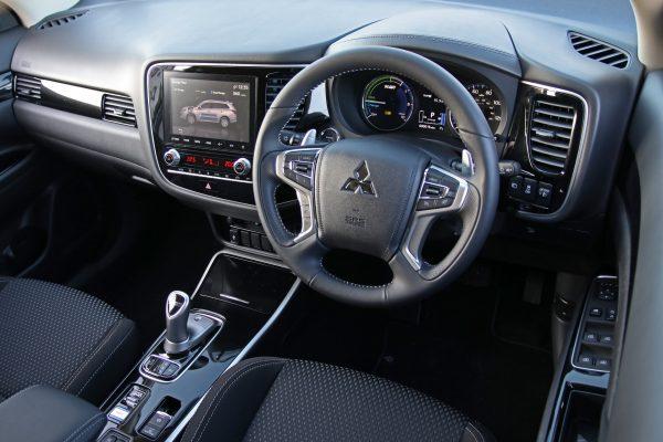 Mitsubishi Outlander PHEV Reflex Plus