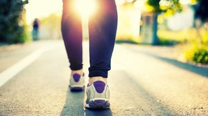 เดินเพลิน ๆ ช่วย เบิร์นไขมัน ออกกำลังกาย ง๊ายง่าย..แต่เวิร์ค