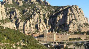 ซานตามาเรีย มอนต์เซอร์รัต มหาวิหารศักดิ์สิทธิ์ในหุบเขา  สเปน