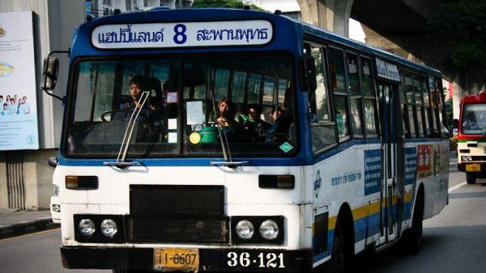 ขสมก. ขู่ยกเลิกรถเมล์สาย 8 หากพบปัญหาการให้บริการอีก