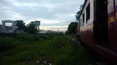 รถไฟตกราง หน้าโรงรถจักรบางซื่อ กทม. กีดขวางการเดินรถสายใต้