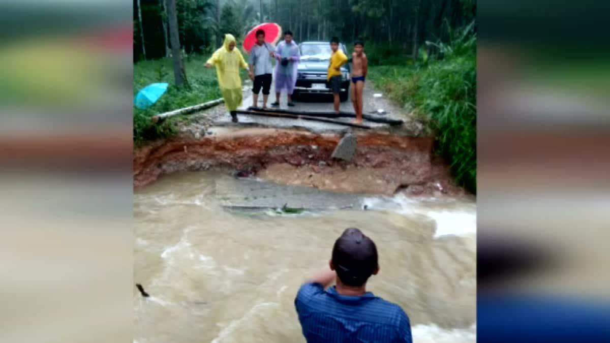น้ำป่าเมืองคอนทะลักอีกรอบ เตือนพื้นที่รับน้ำเฝ้าระวัง