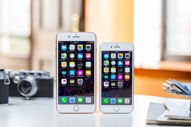 ผู้ใช้ iPhone 6 Plus ที่จะเปลี่ยนแบตราคาประหยัด รอไปยาวๆ เพราะของขาด