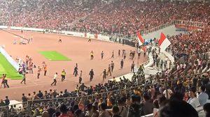 รัฐมนตรีกีฬา มาเลเซีย ลั่นจะเอาผิด อินโดนีเซีย ถึงที่สุด หลังเหตุแฟนบอลปะทะรุนแรง