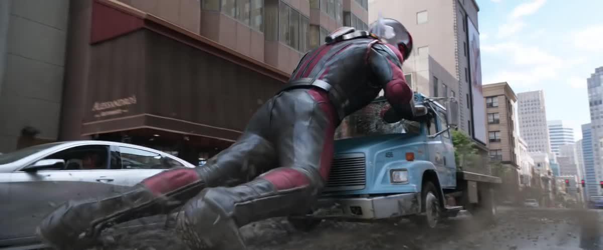 """ตัวอย่างใหม่ """"Ant-Man and the Wasp"""" - Official Trailer"""