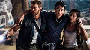 แมงมุมเพียบ!! สามนักวิทยาศาสตร์หนีตายจากวงกตลึกลับ ในหนัง Guardians of the Tomb